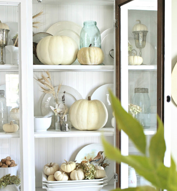 This is such an elegantly displayed hutch. From craftberrybush.com