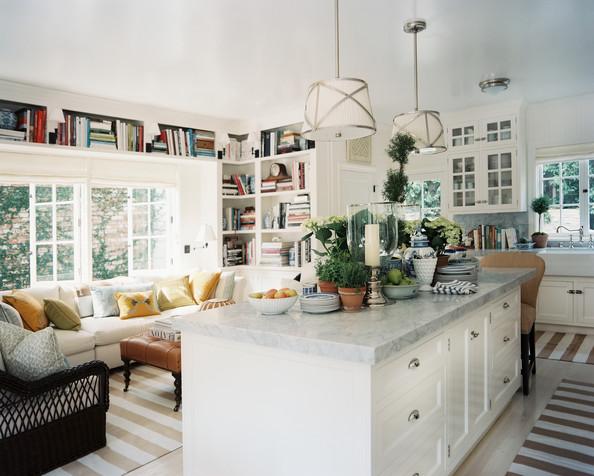 Mark+Sikes+Michael+Griffin+kitchen+island+UNZWIk74TjQl