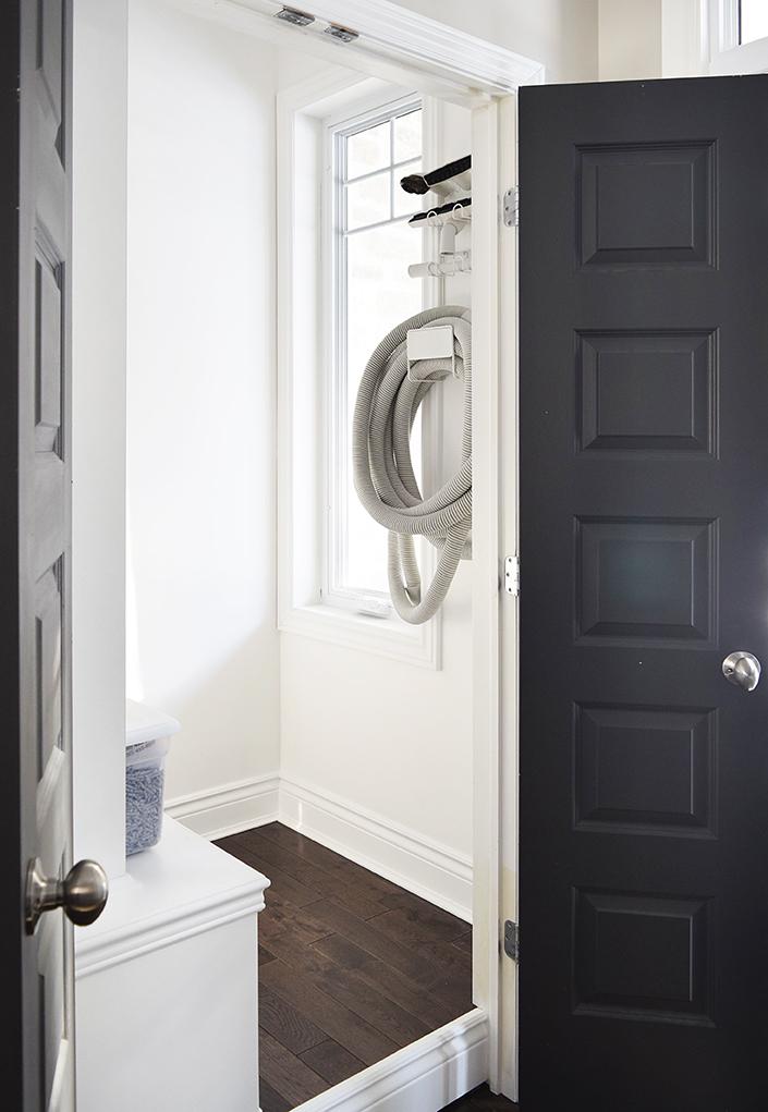 Front-closet4