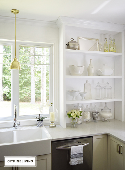 CITRINELIVING : OPEN BUILT-IN SHELVING REVEAL