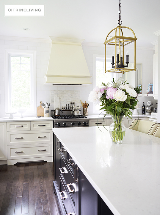 summer-pinkpeonies-kitchen2