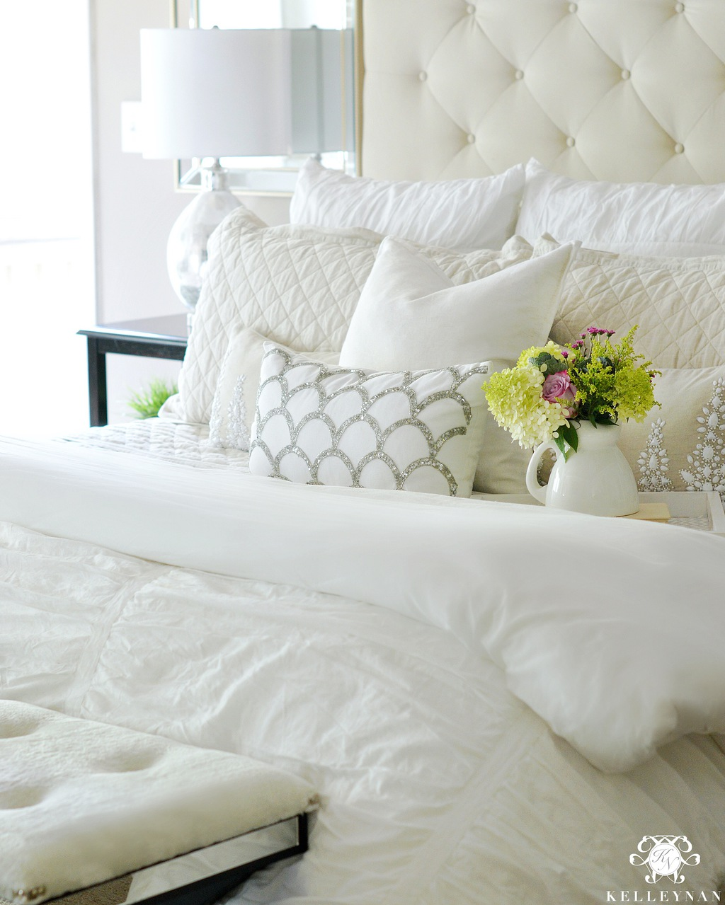 CHANGING THE BEDDING FOR FALL AND WINTER