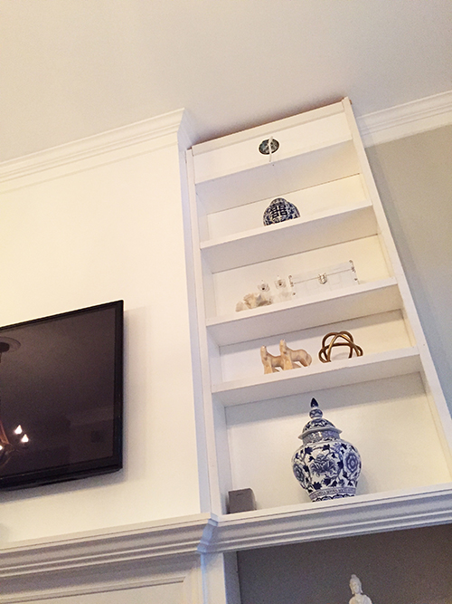 living-room-shelves-styling
