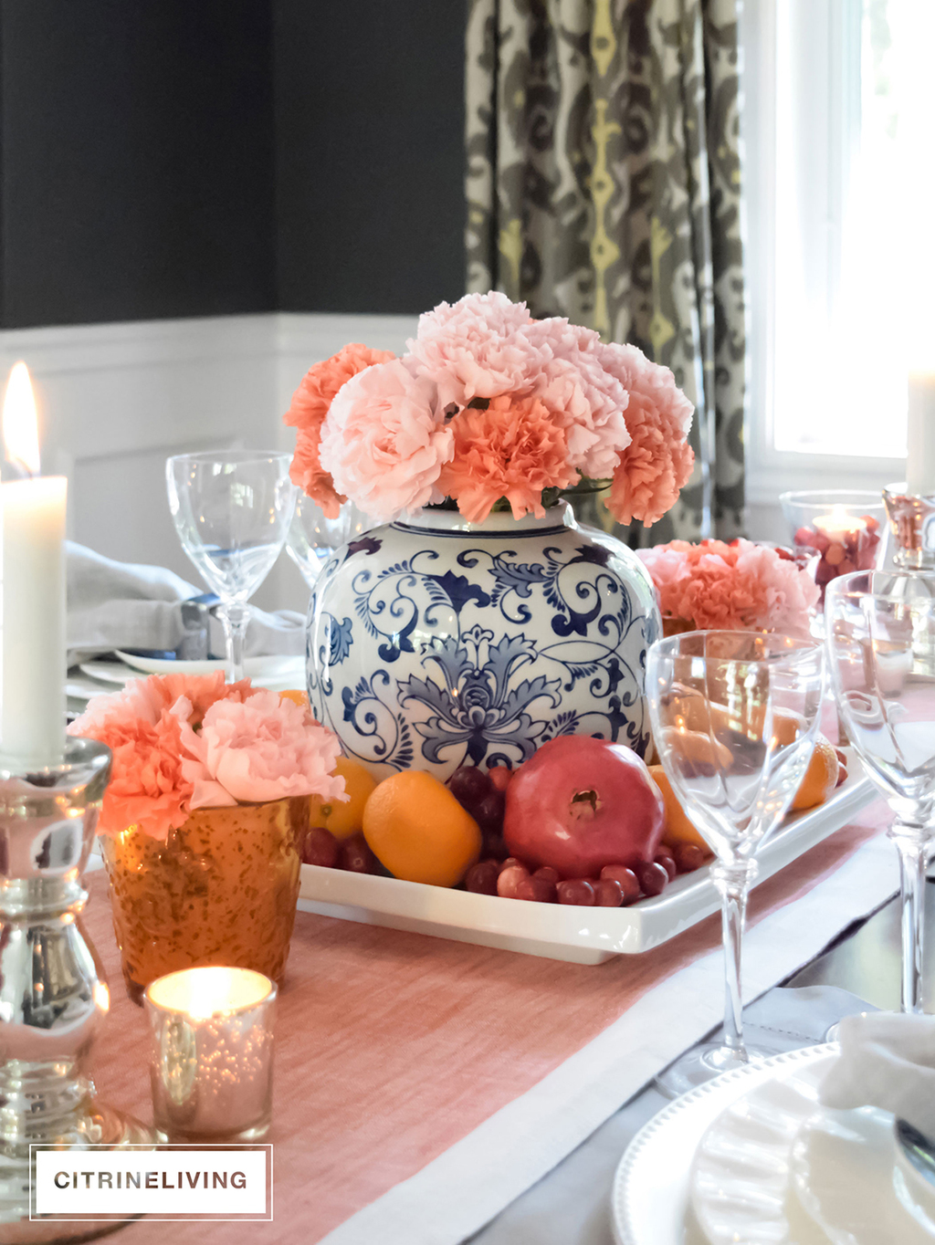 A THANKSGIVING TABLESCAPE