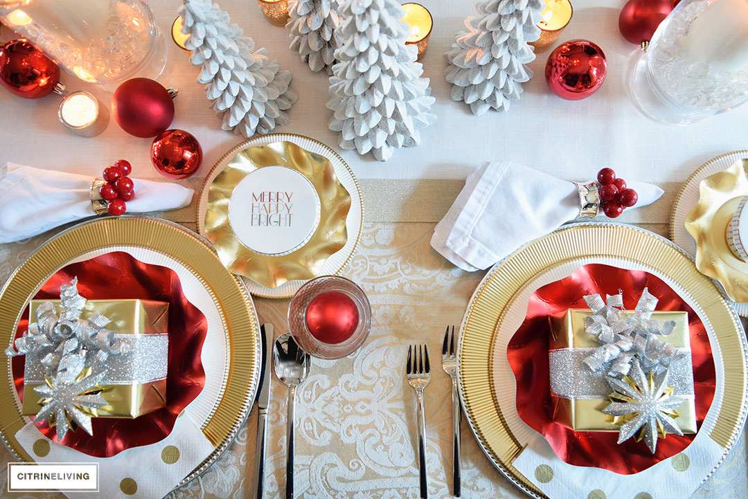 christmas-table-red-white-gold