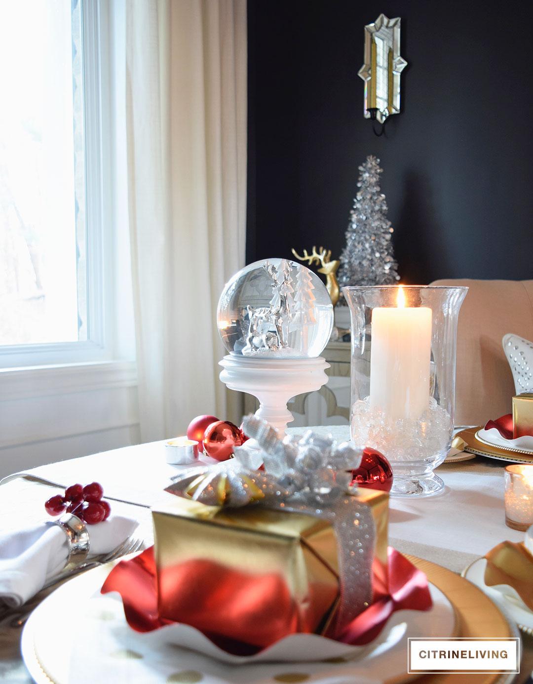 christmas-tablescape-snowglobe-lantern