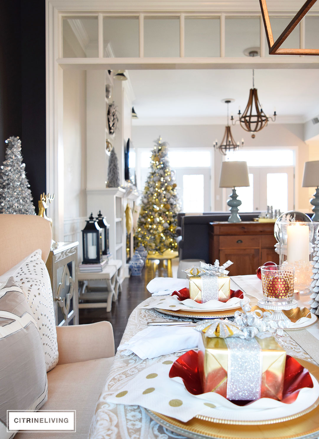 christmas-tree-dining-room-tablescape