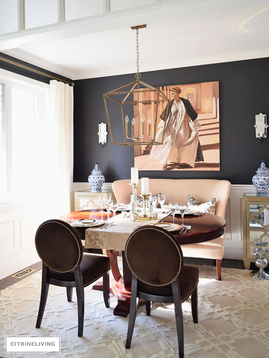 dining-room-black-walls-neutral-rug-brass-pendant2