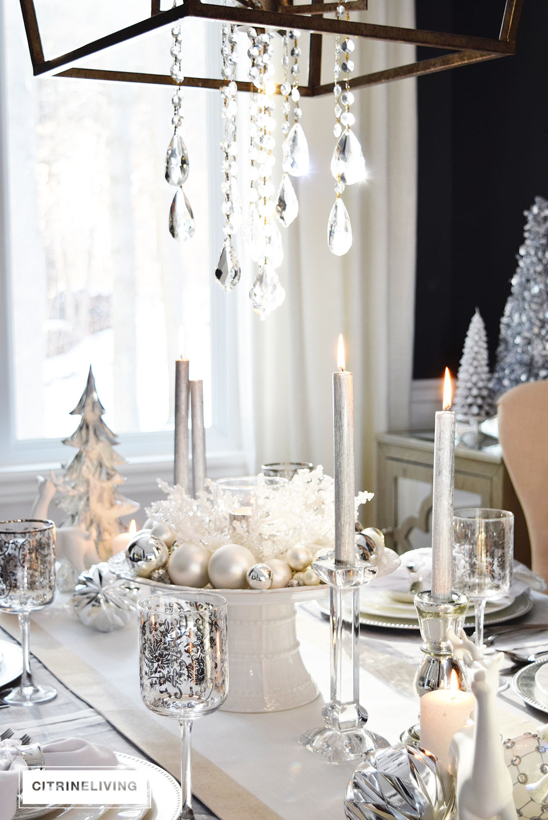 white-silver-christmas-tablescape-cyrstal-chandelier