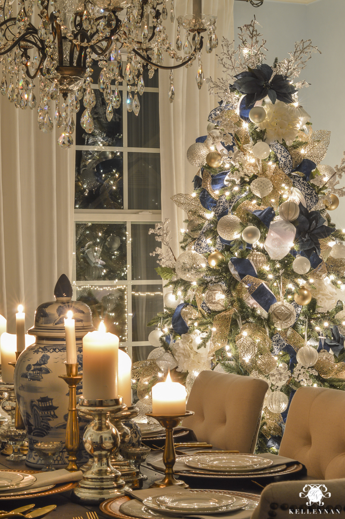 christmas-home-at-night-with-glowing-elegant-lights-20-of-24