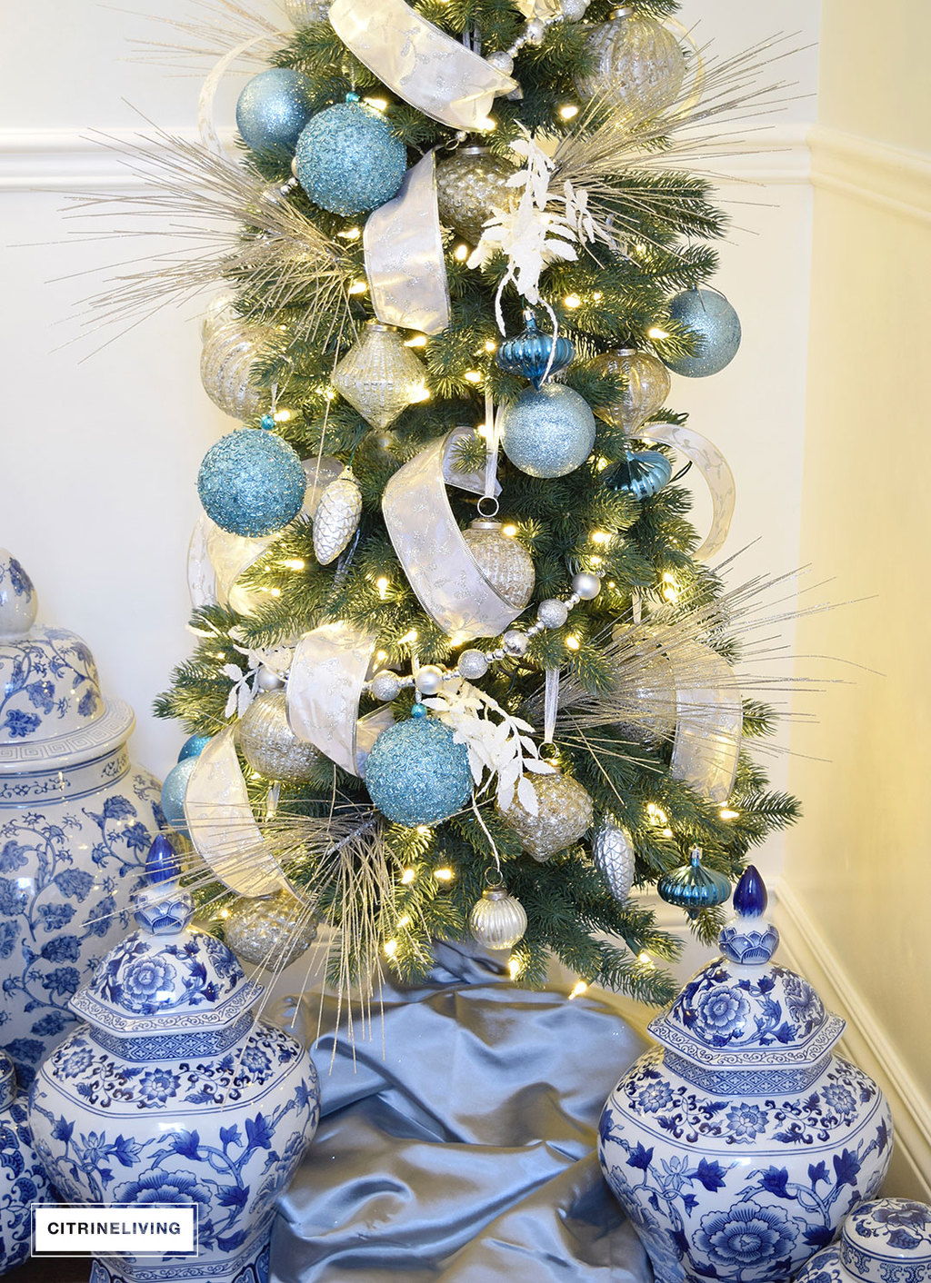balsam-hill-pencil-tree-blue-silver10
