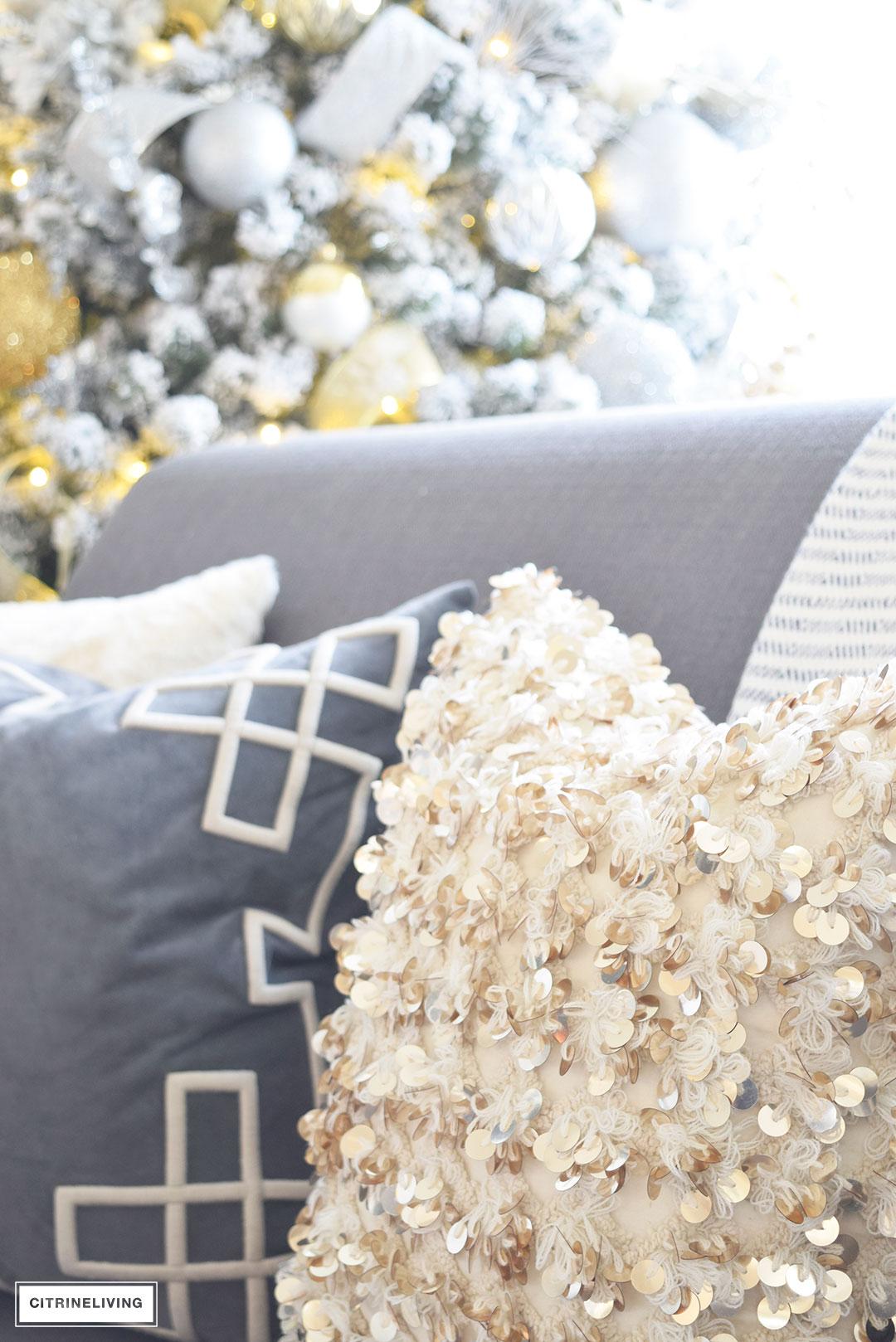 bolly-pillow-annie-selke-christmas-decor