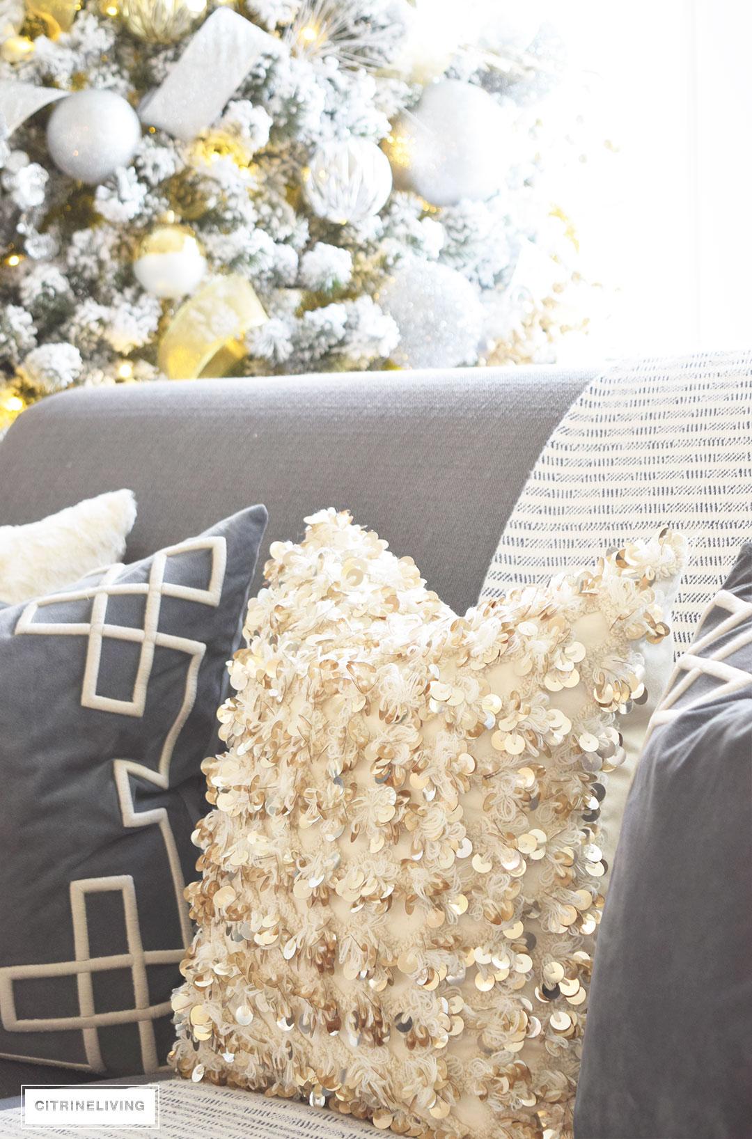 bolly-pillow-annie-selke-christmas-decor4