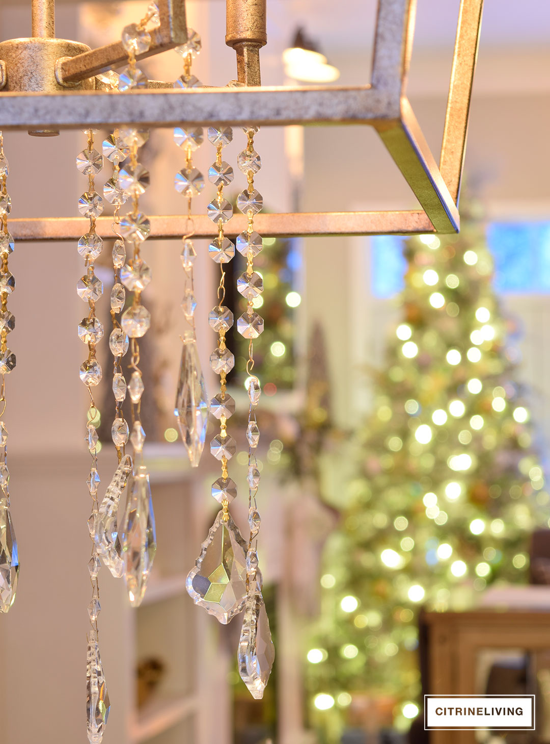 chandelier-crystals-christmas-tree