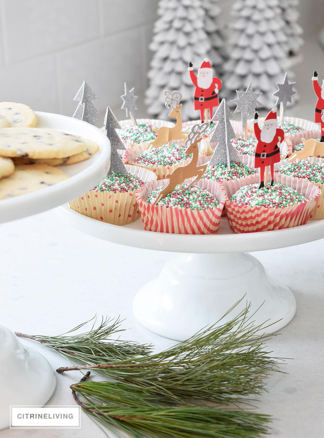 chirstmas-cupcakes-decorated