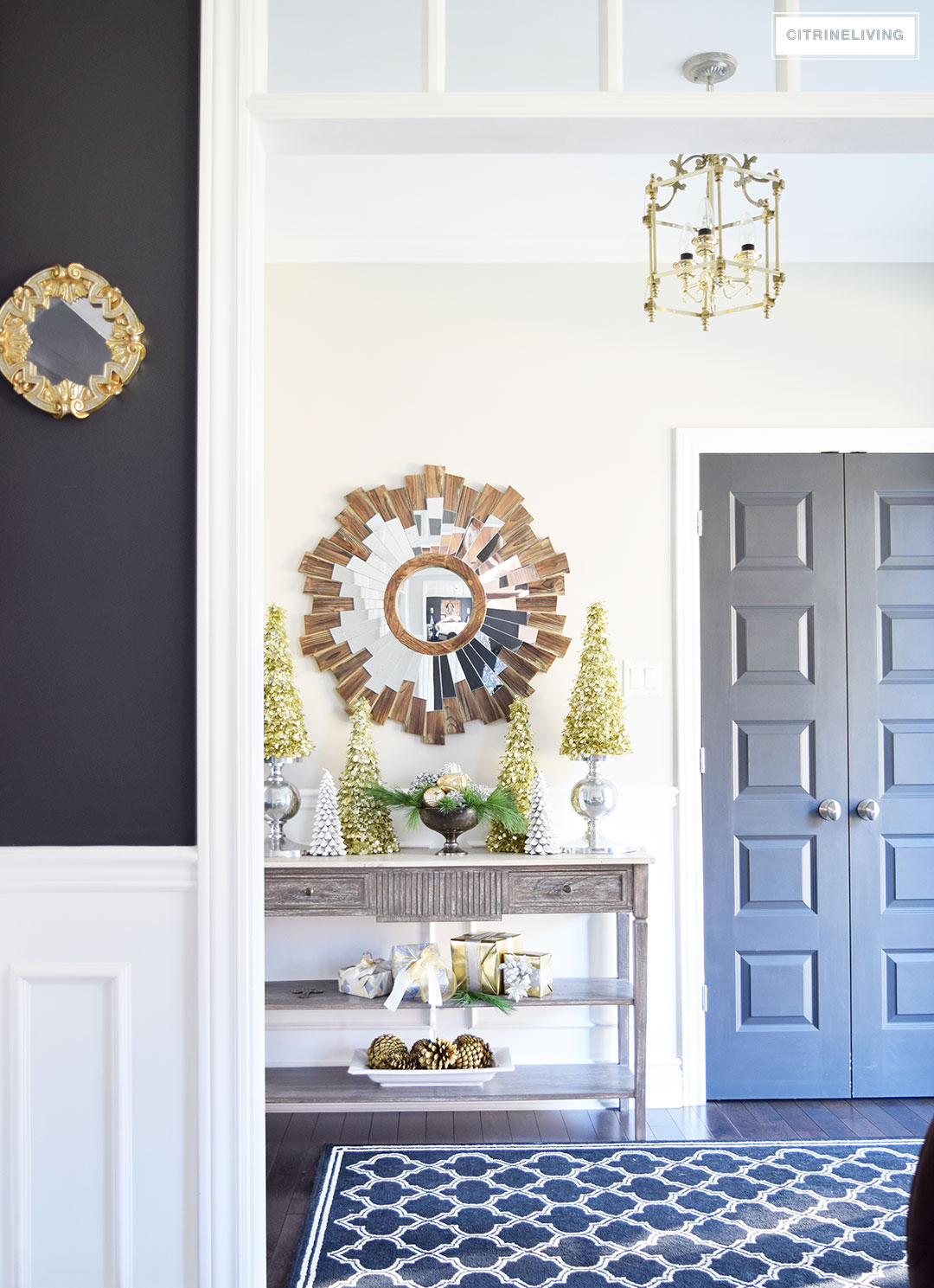 christmas-decor-entryway-console-table3