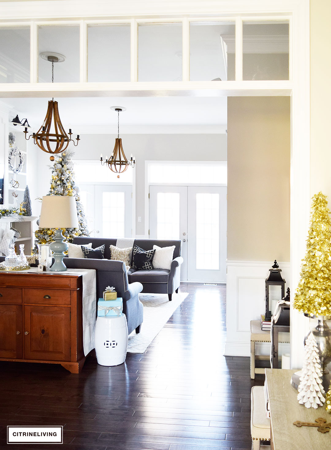 Christmas Home Tour - Gorgeous metallics and icy blue create a chic Holiday theme