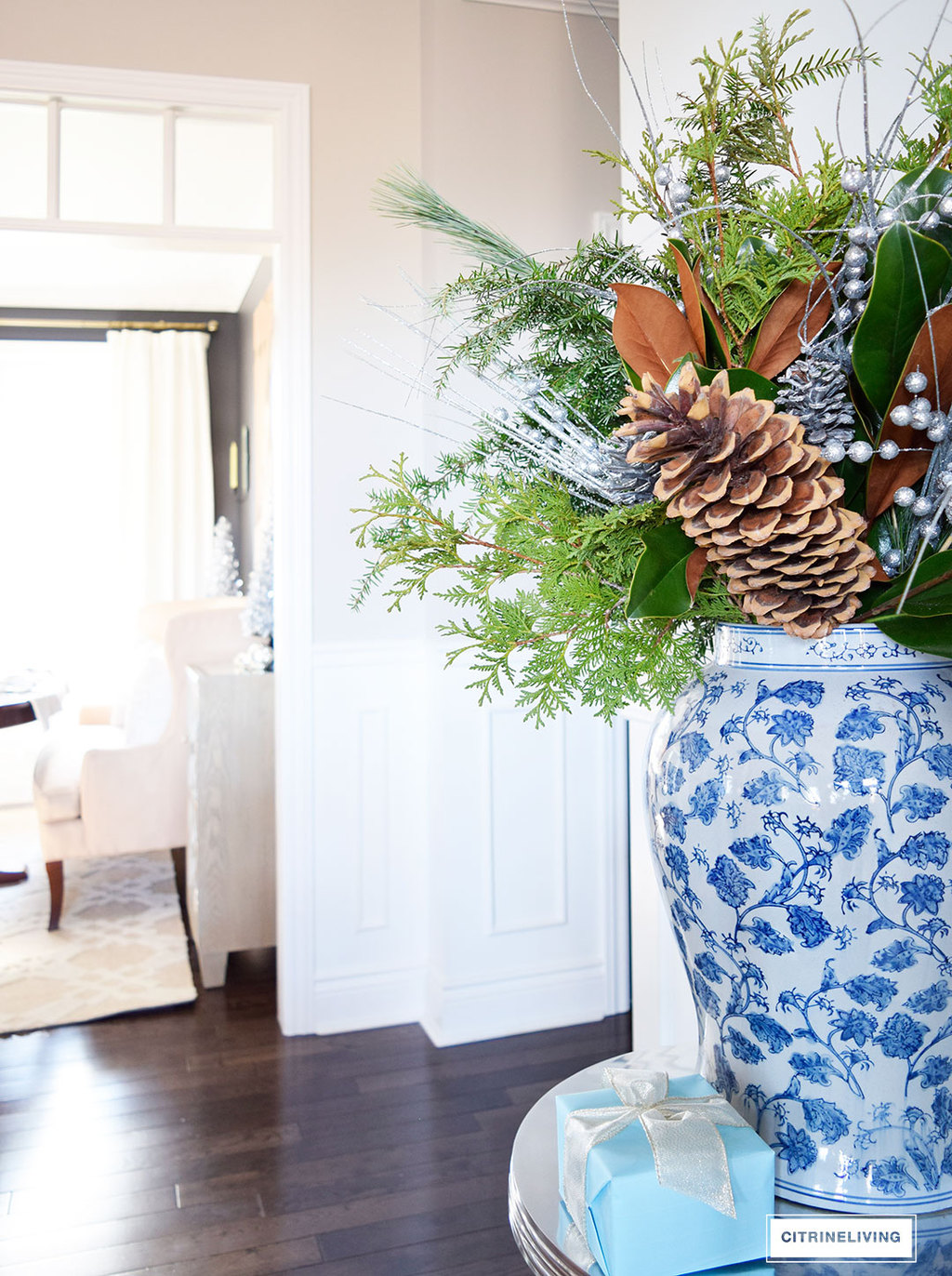 Christmas Home Tour - Gorgeousblue and white, metallics, fresh greenery and icy blue create a perfectly chic Holiday theme