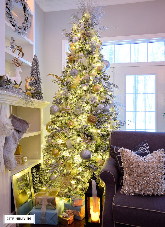 flocked-christmas-tree-nighttime