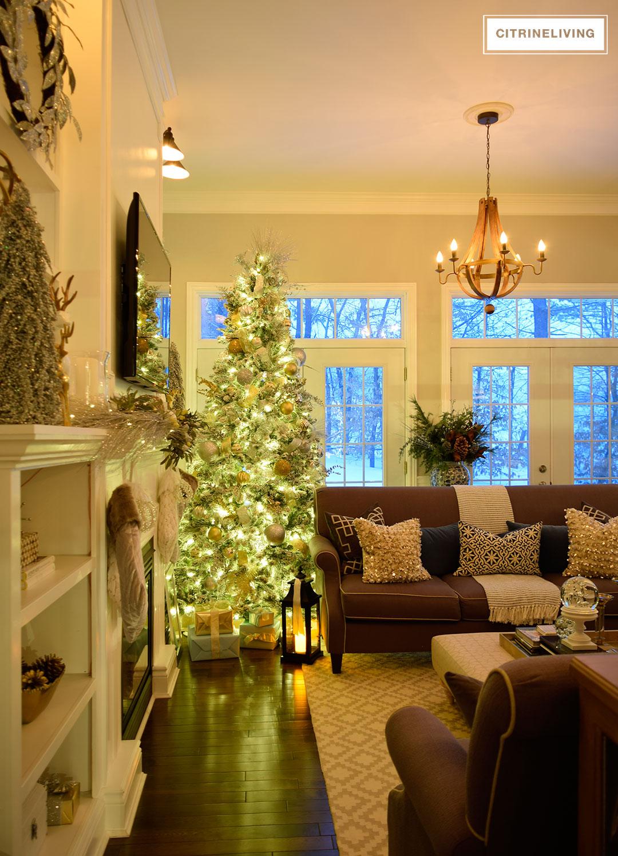 flocked-christmas-tree-nighttime2