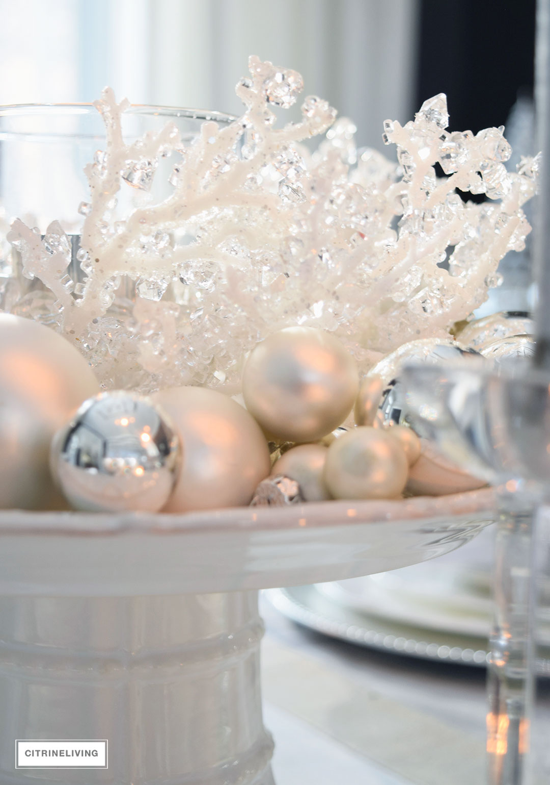 glam-centerpiece-crystal