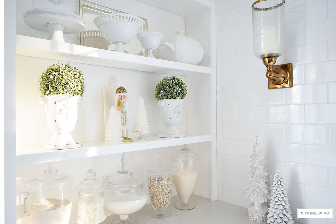 kitchen-shelf-christmas2