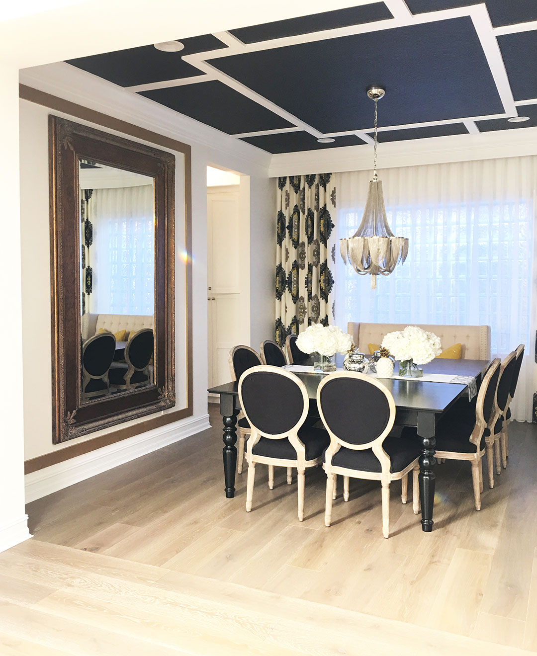 dining-room-black-ceiling-chandelier4