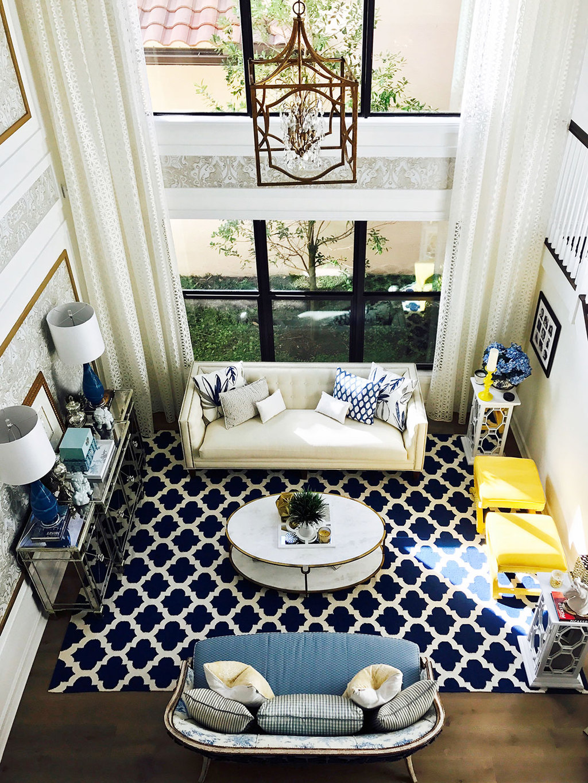 living-room-blue-white-yellow-gold-modern