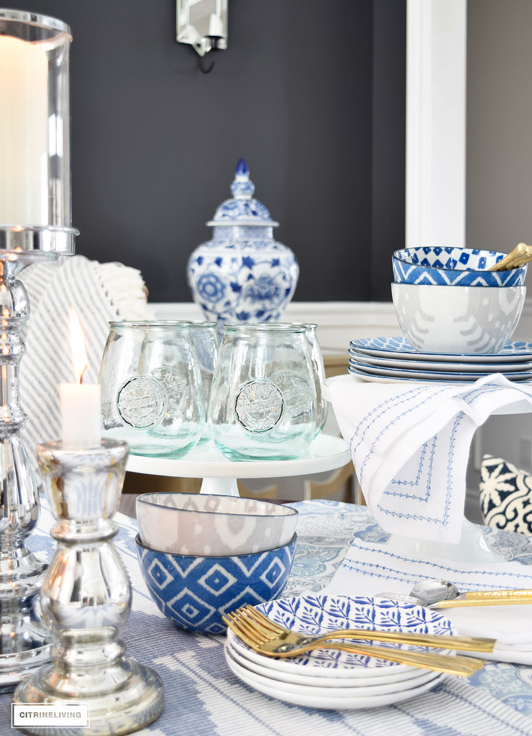 Cake stands are perfect for showcasing beautiful dishes and glassware on your table.