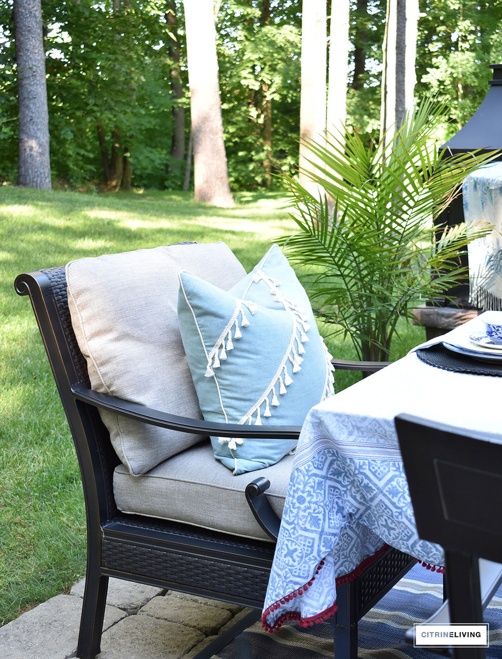 Bring your indoor pillows outside for your Summer entertaining and create a comfortable and inviting ambiance for guests.