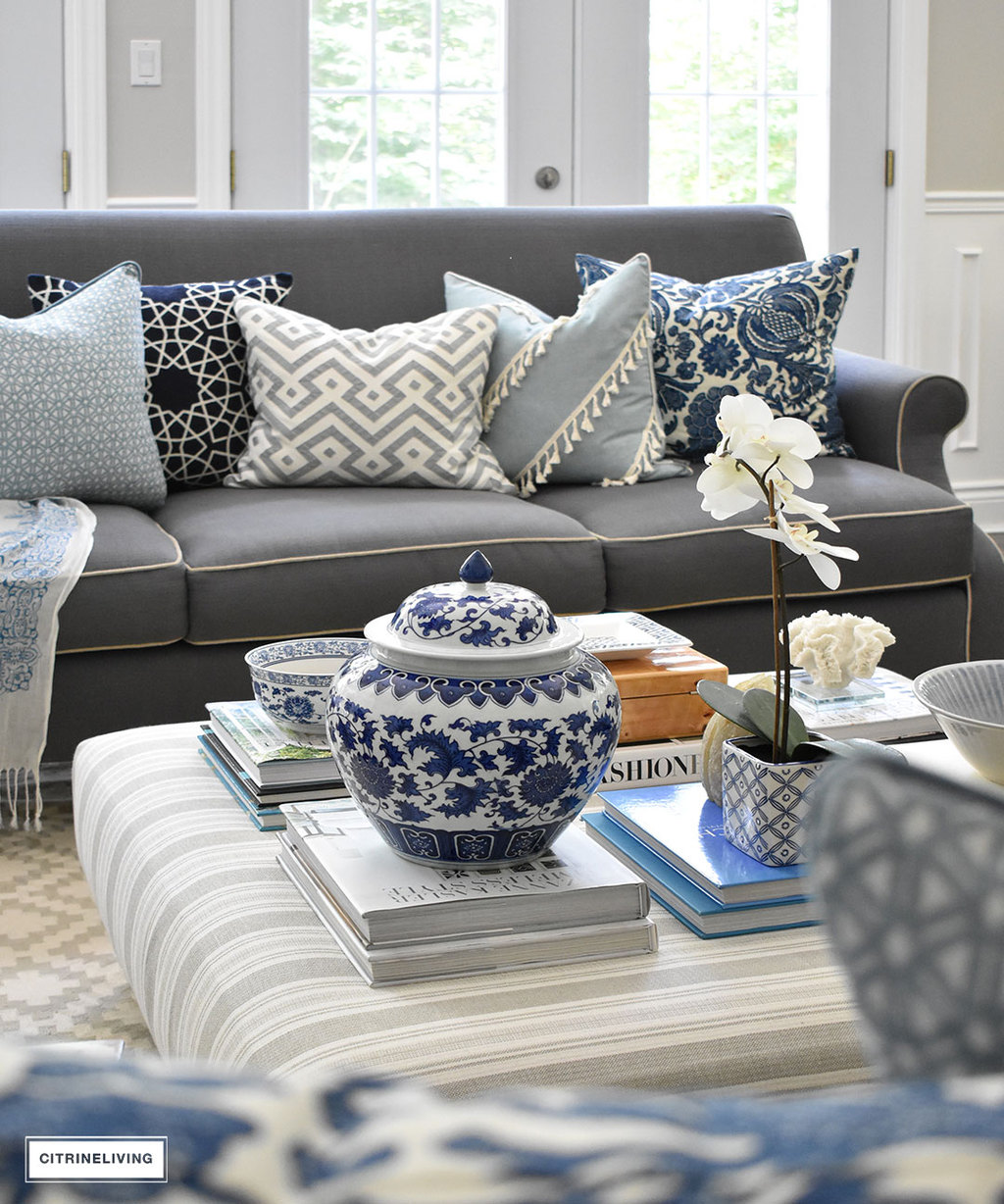 Make a style statement on your coffee table with stacks of books, decorative boxes and beautiful objects that you love.