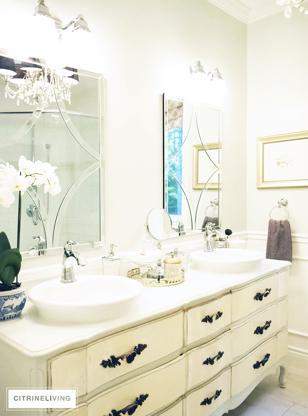 99bacdfeb Beautiful vintage inspired bathroom with elegant details