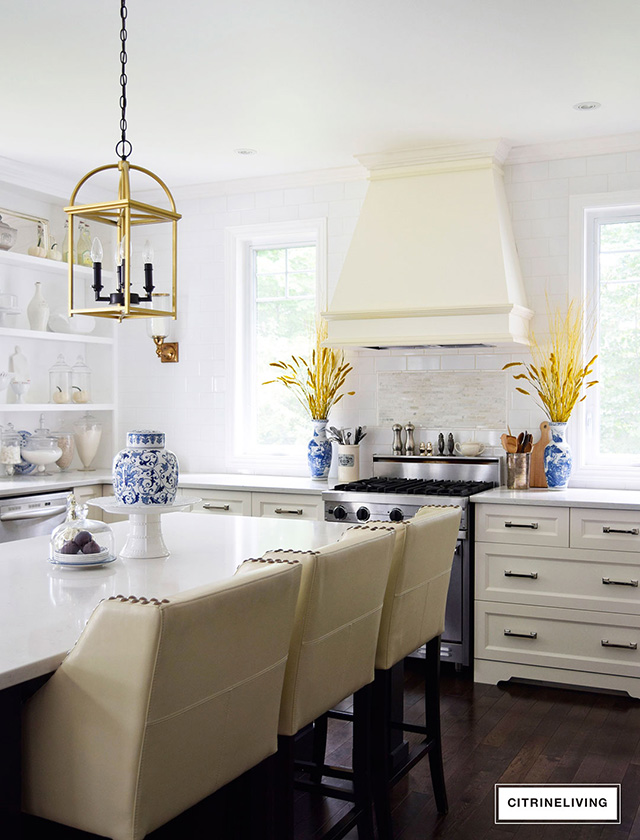 Fall kitchen styling ideas.
