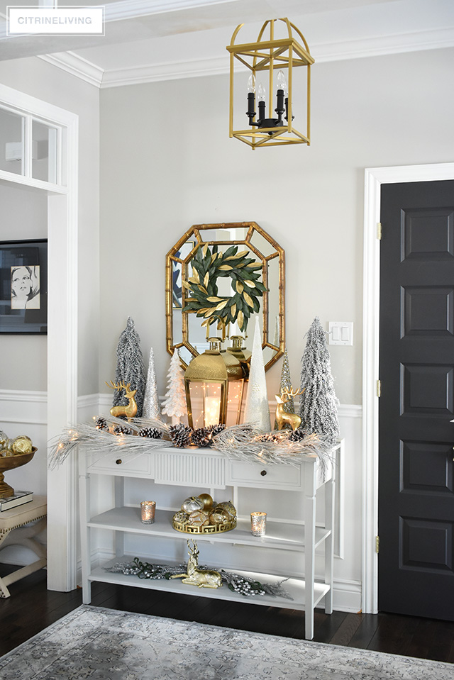ENTRYWAY CHRISTMAS DECORATING: SILVER AND GOLD
