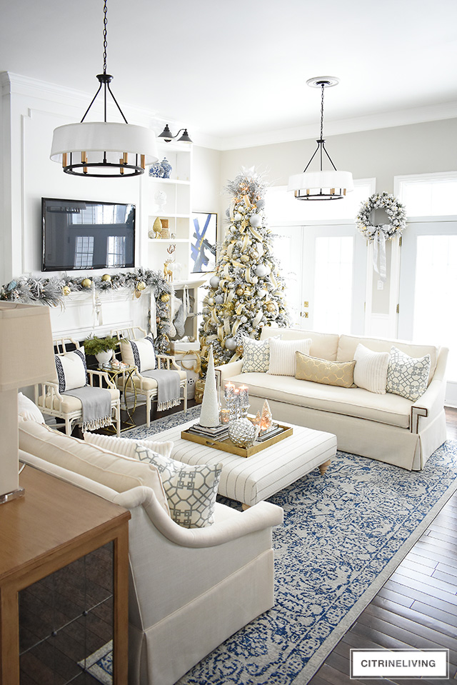 Create glamour and sophistiation in your Christmas living room this holiday with affordable and gorgeous decor from Walmart!