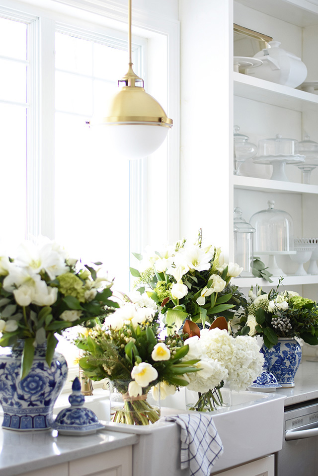 Loving these gorgeous fresh blooms from our Better Homes & Gardens photoshoot! Take a peek at the behind the scenes action!