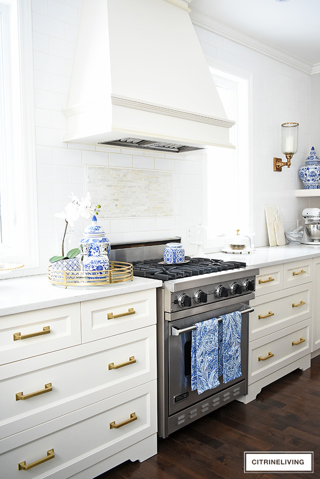 clean kitchen drawers and stove
