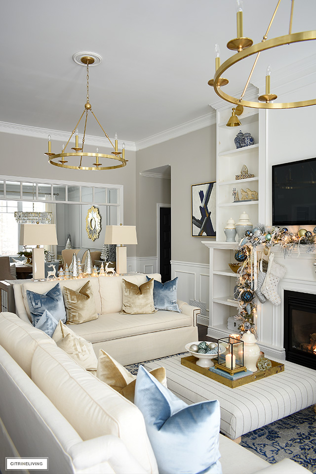 Elegant Christmas living room - Christmas decor with light blue, gold and warm white.