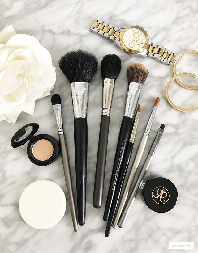 A daily beauty routine is so important and good makeup brushes are essential! Foundation, powder, blush, eyebrow and shadow brushes are the perfect place to start.