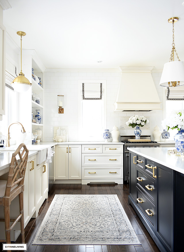 Spring kitchen decorating ideas with blue and white accessories.